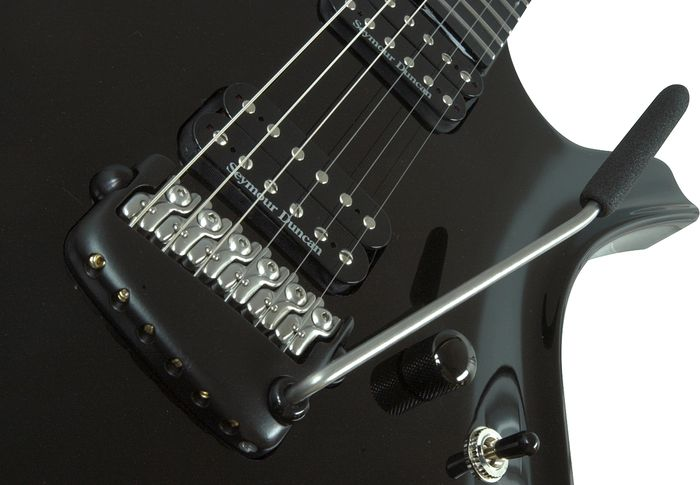 Parker Guitars Fly Mojo Bridge Detail