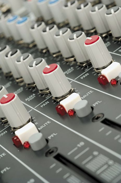 Allen & Heath ZED-14 USB Mixer Closeup EQ Knobs