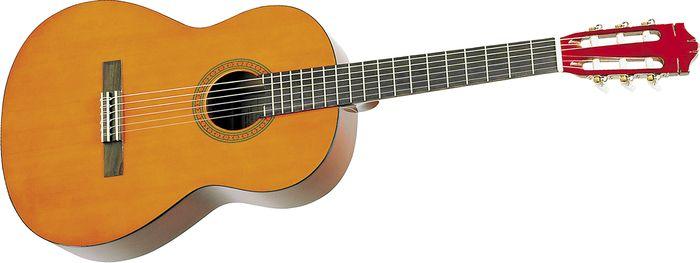 Gitar Yamaha GC82S