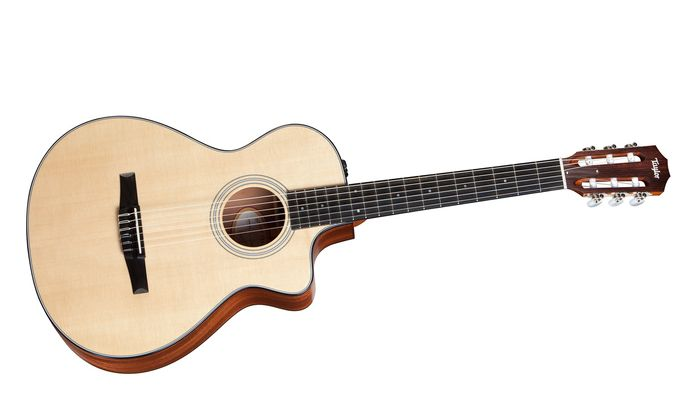 Taylor 312Ce-N Sapele/Spruce Nylon String Grand Concert Acoustic-Electric Guitar Natural