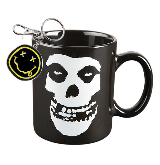 Mugs, Keychains & Wristbands