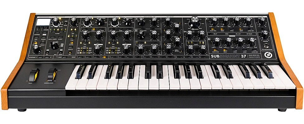 Moog Subsequent 37 Synth
