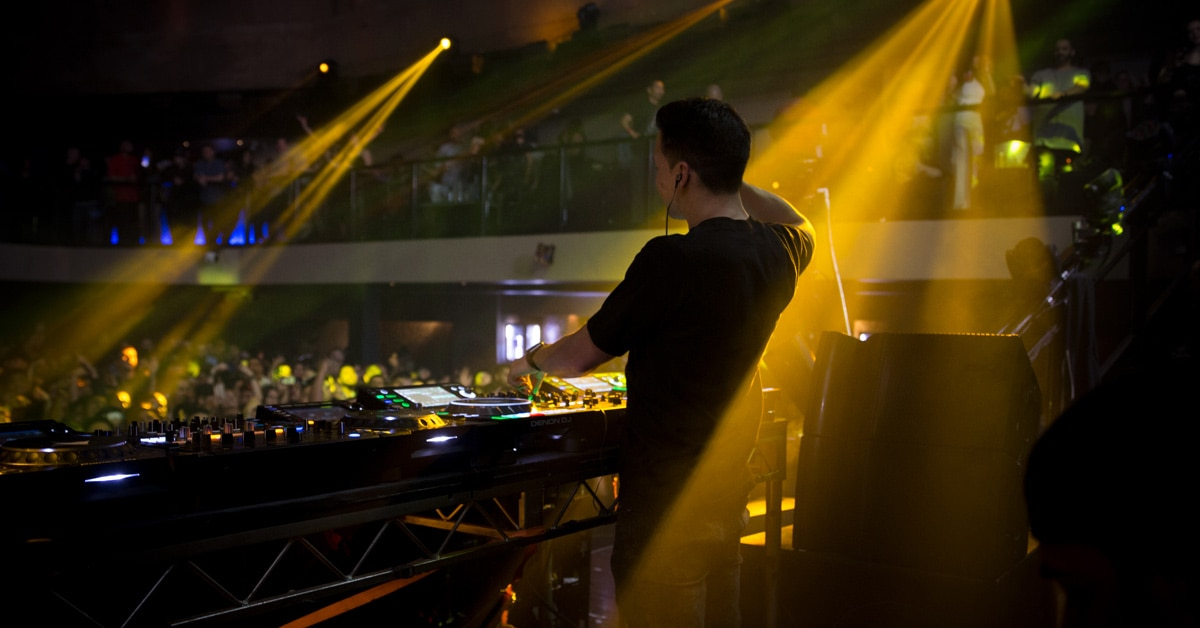 Laidback Luke talks Gear, Touring, Influences and more