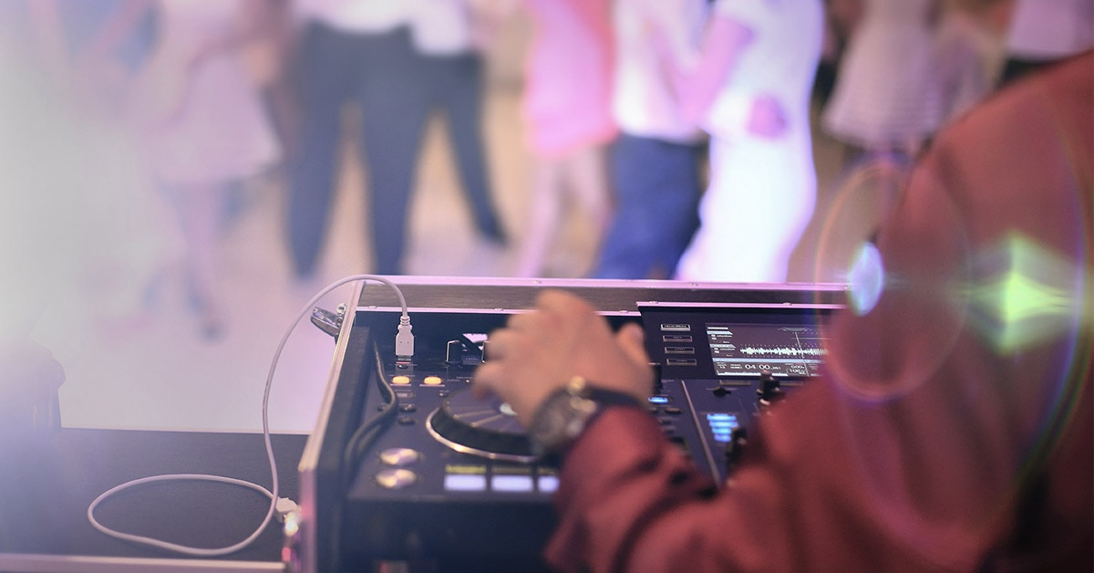 How to DJ Weddings and Formal Events: Gear, Tips and More